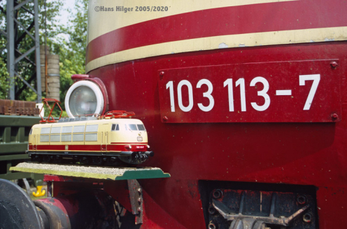 102-DIG08078h-580  103 113