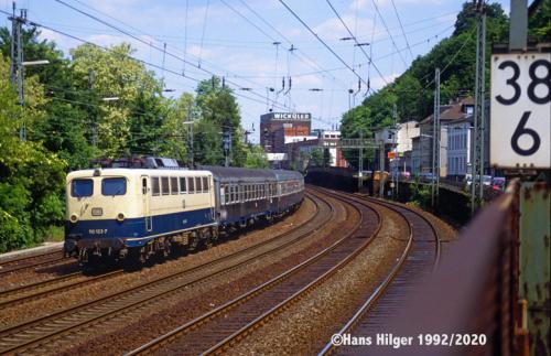 122-DIG20109h-110 123
